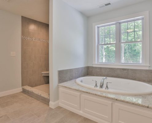 Luxury custom home bath Archstone Builders